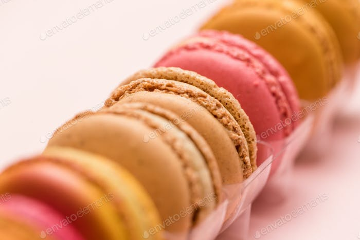 Macaron in package
