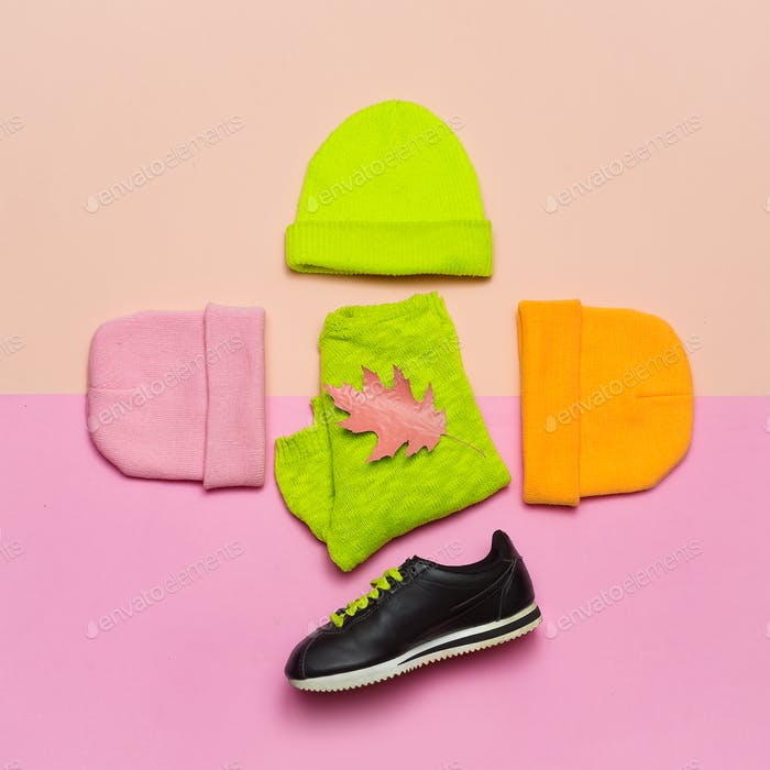 Fashion blogger help. A set  beanie and sneakers. Bright spring