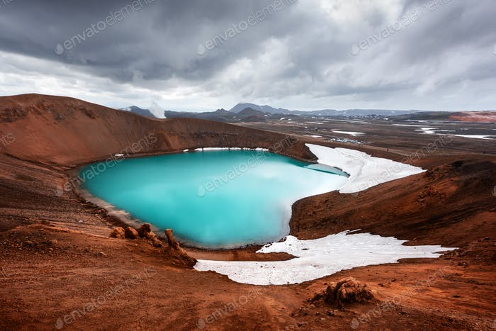 Drammatic view of the lake with turquoise water