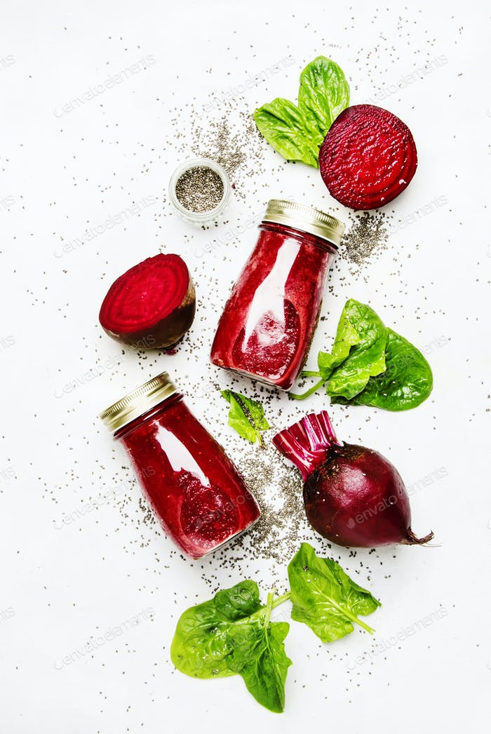 Beetroot smoothies with chia seeds