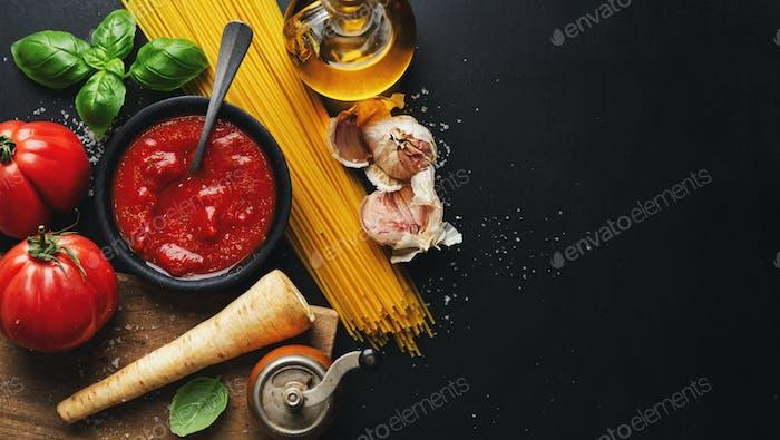 Italian food background with tomato sauce