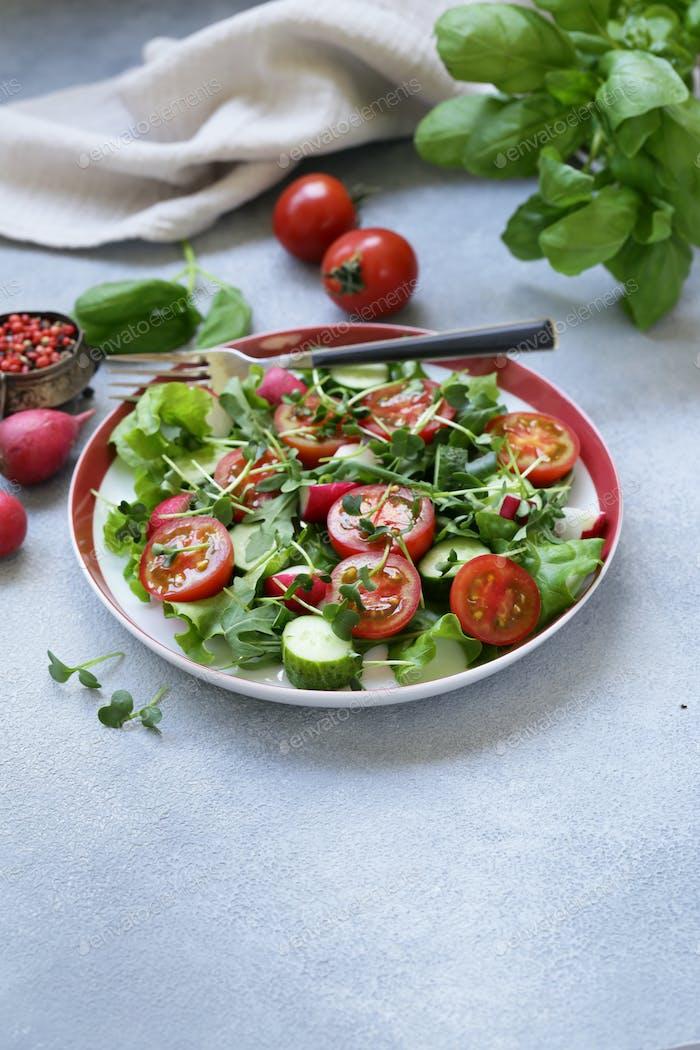 Salad with Tomatoes and Radish