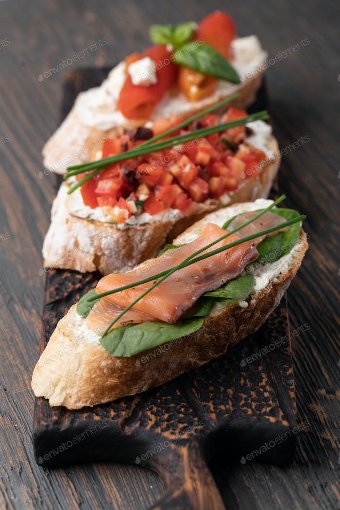 Traditional italian Bruschetta set