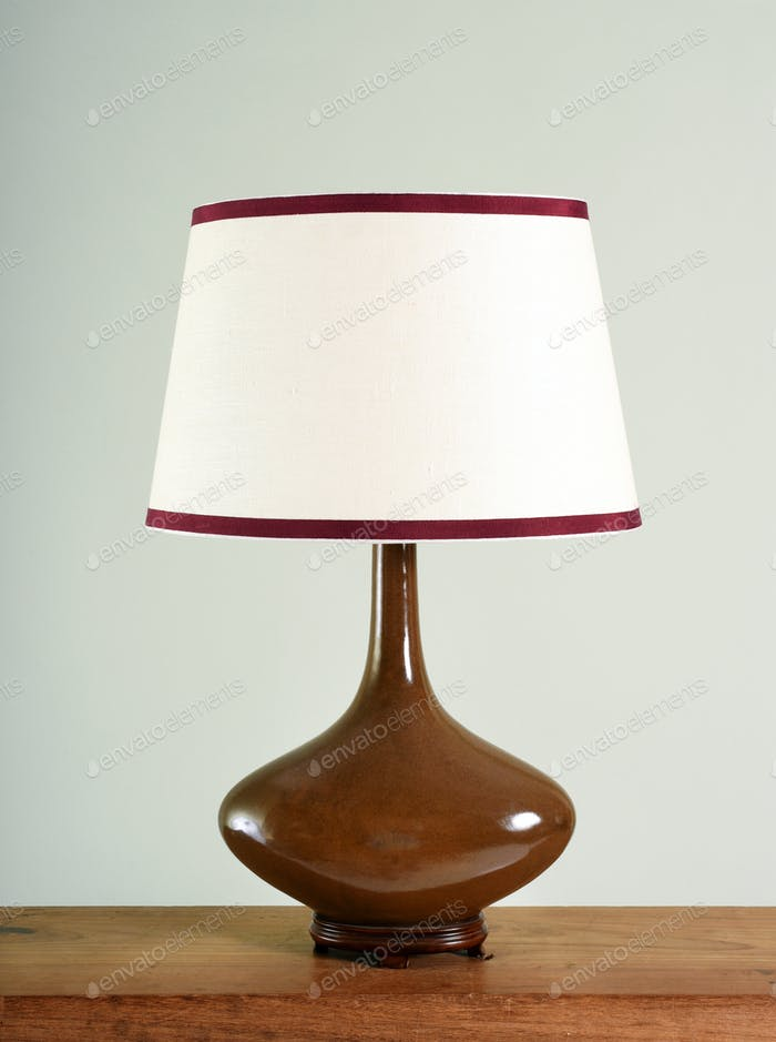 Elegant brown bulbous vintage lamp with shade