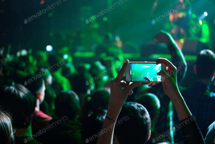 Photo in crowd