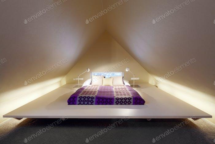 53883,Bed in modern bedroom