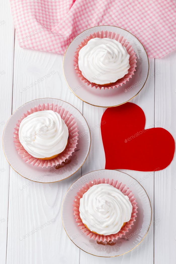 Cupcakes for Valentine's Day.