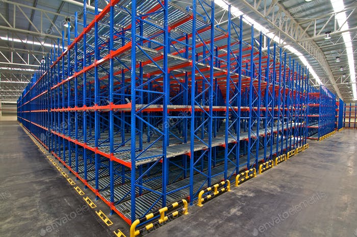 Distribution center warehouse storage shelving system