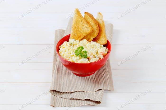 potato salad with toast