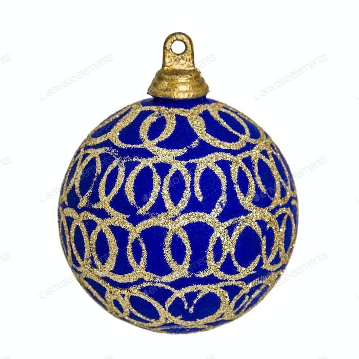 Schöne blaue Weihnachtskugel, isoliert auf weißem Hintergrund