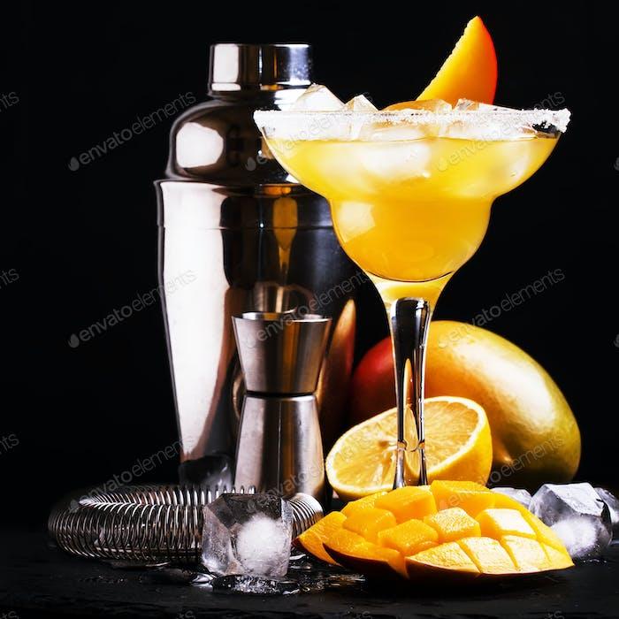 Mango daiquiri, alcoholic cocktail