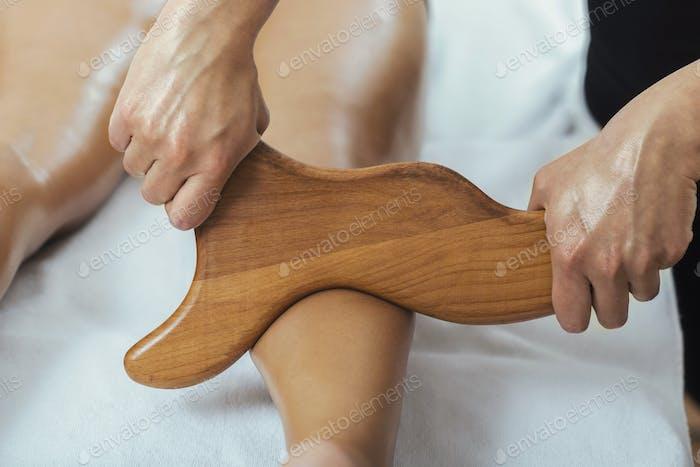 Madero Therapy Anti Cellulite Massage