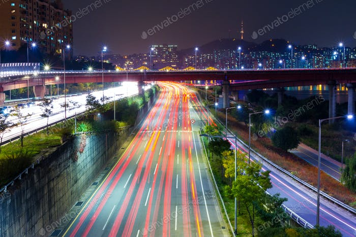 Seoul tarffic at night