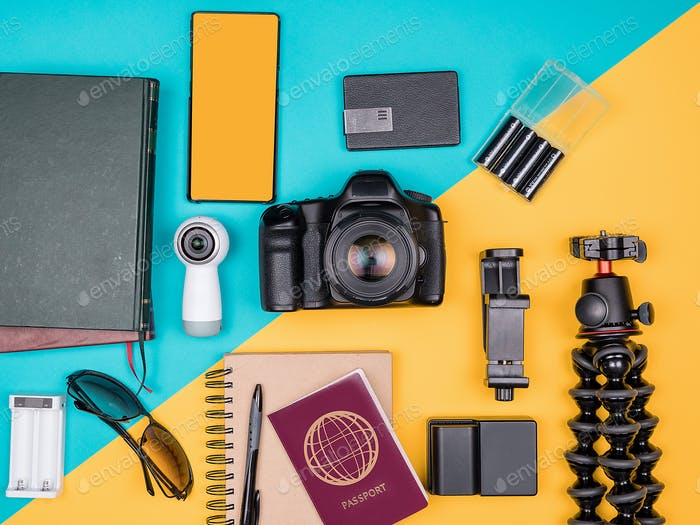 Traveller blogger kit for summer vacation