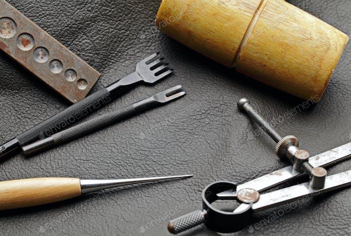 DIY Kunstlederwerkzeug