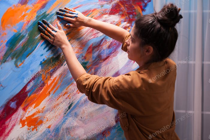 Using fingers on canvas