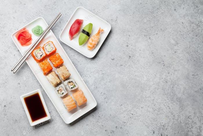 Japanisches Sushi-Set