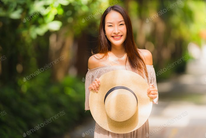 Portrait beautiful young asian woman smile happy and feel free w