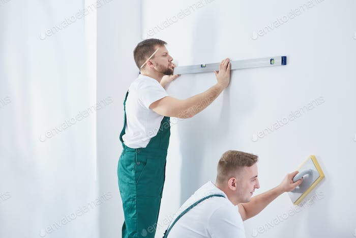 Men and home renovation