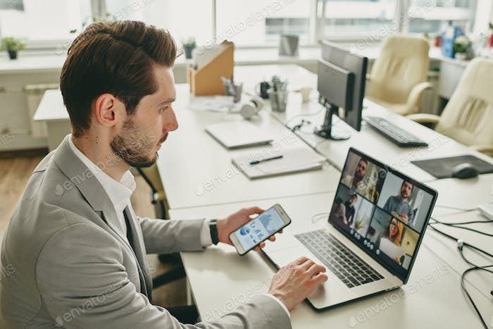 Connecting colleagues via video chat