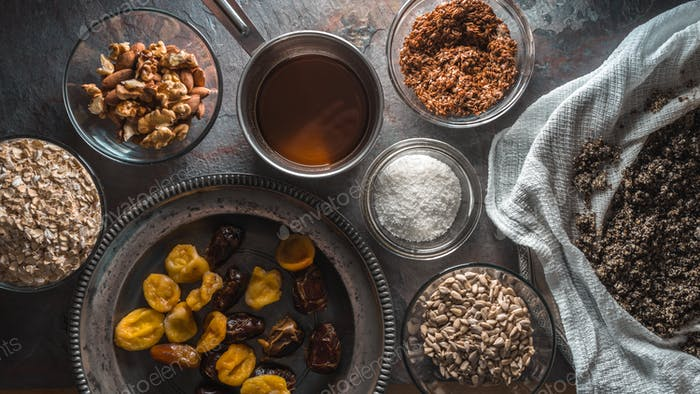Ingredients for the preparation of granola