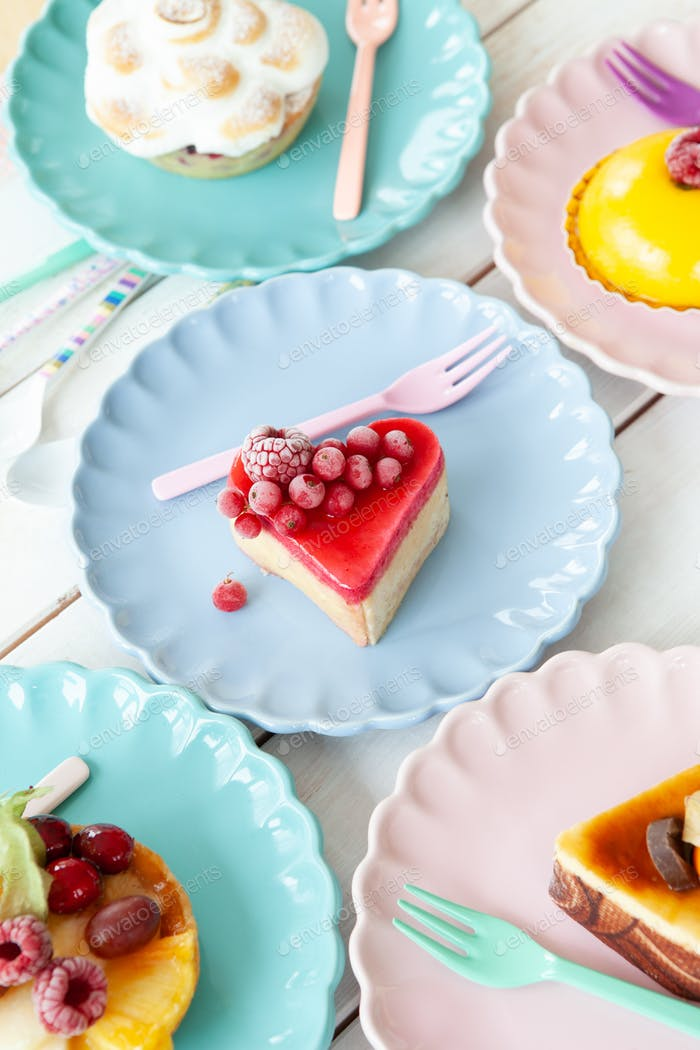 Köstliche Kuchen und Kuchen