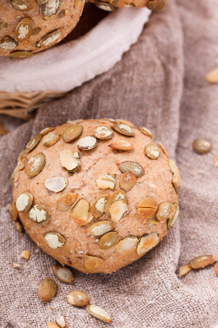 Round sandwich bun with sunflower seeds from bran.