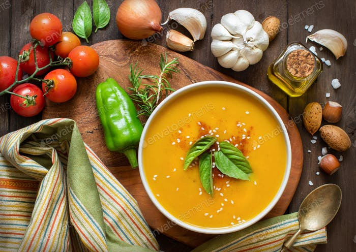 Fresh pumpkin soup and vegetable