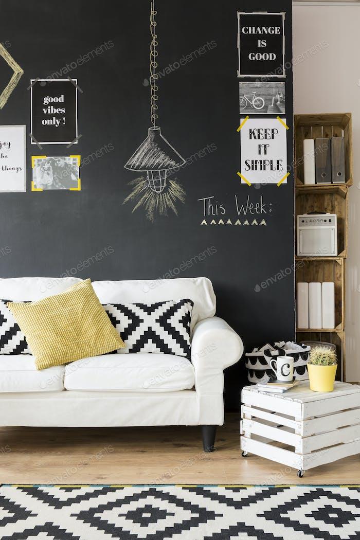 Sala de estar optimista