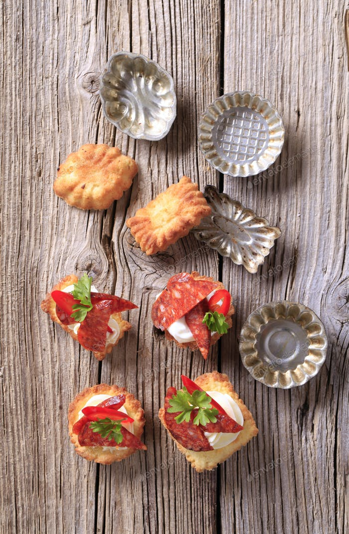 Appetizers and small tartlet tins