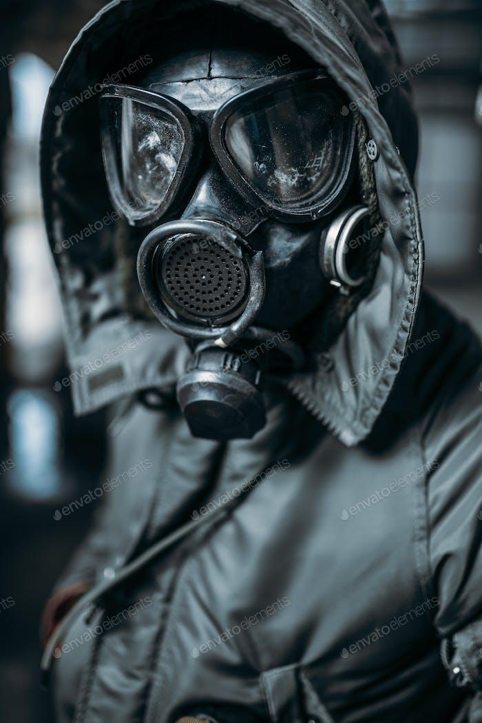 Stalker in Gasmaske, Strahlungsgefahr