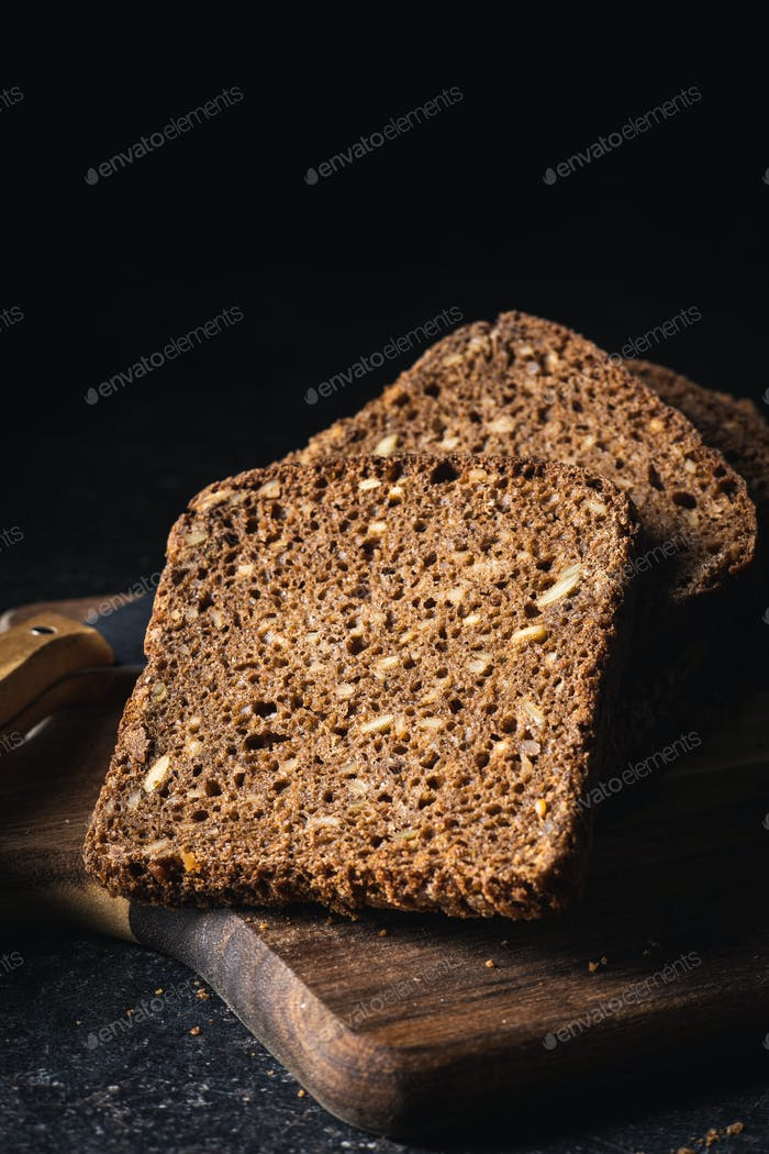 Dieting cereal bread with sunflower seeds.