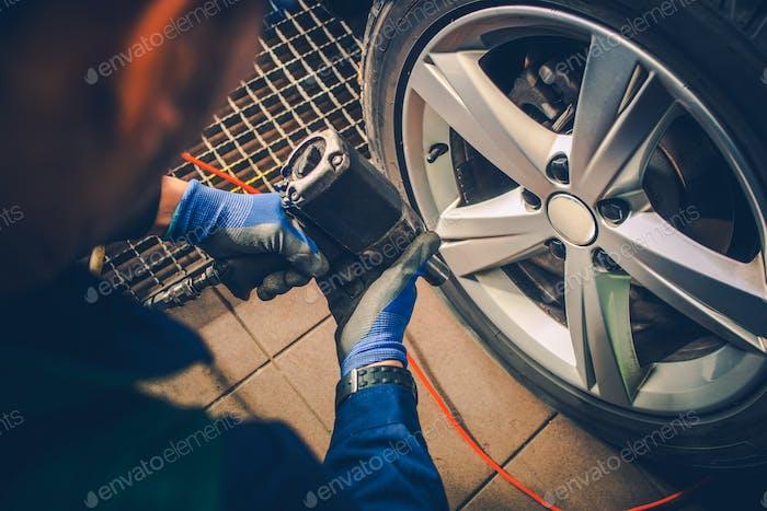 Vehicle Wheels Maintenance