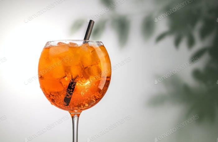 Glas Orangencocktail