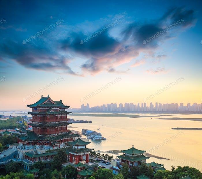 schöne nanchang tengwang pavillon in der dämmerung
