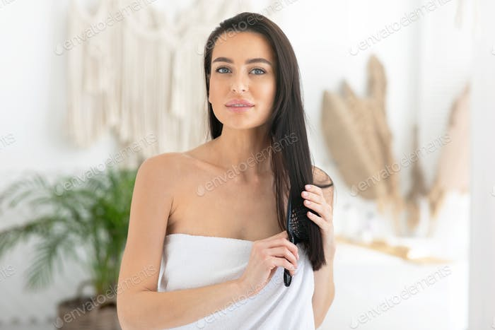 Haarpflege zu Hause und Behandlung, Beauty-Verfahren, moderner Blogger und Kosmetik