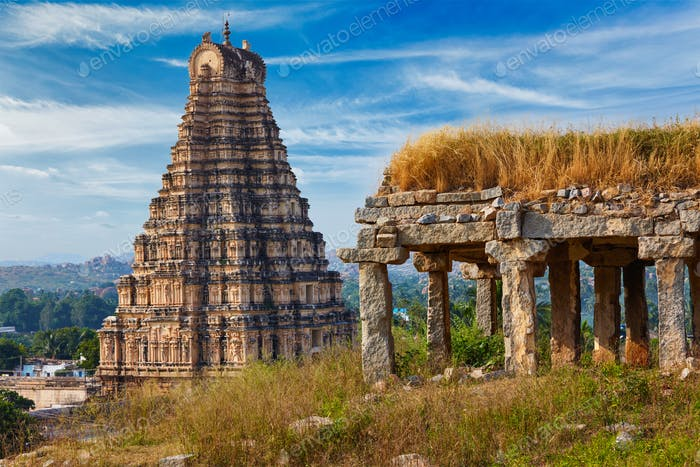 Virupaksha Temple. Hampi, Karnataka, India