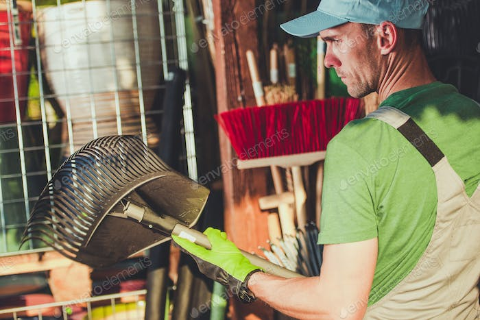 Buying Right Garden Tools