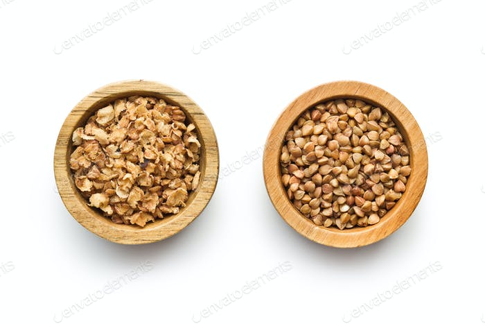 Dry healthy buckwheat and buckwheat flakes.