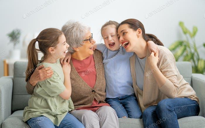 Familie, die Zeit miteinander verbringen