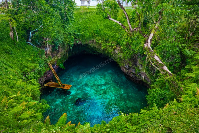 To Sua ocean trench - famous swimming hole, Upolu, Samoa, South