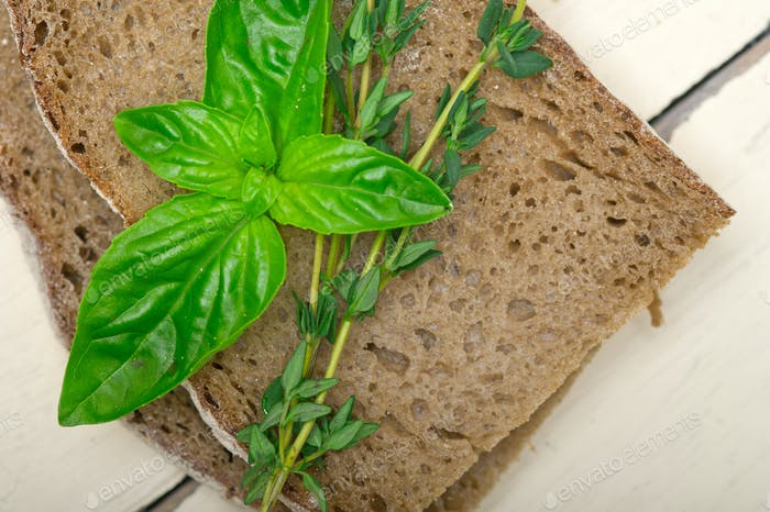 bread basil and thyme