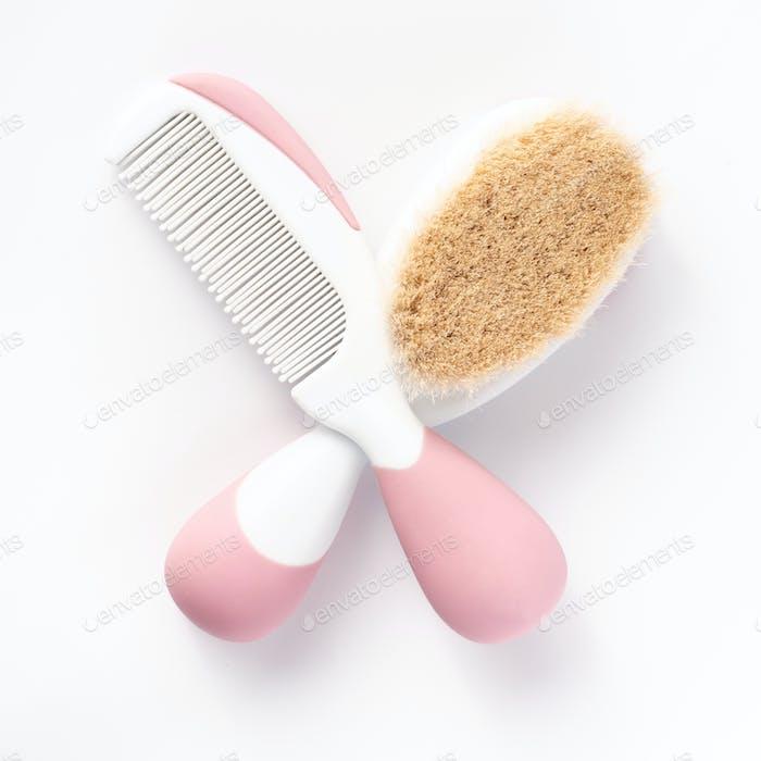 seltene Zähne für Kinder auf weißem Hintergrund