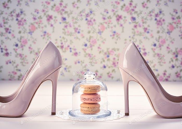 High heels, macarons