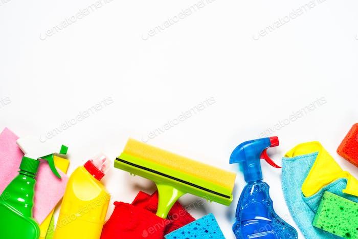 Reinigungsprodukt, Haushalt auf weißer Draufsicht