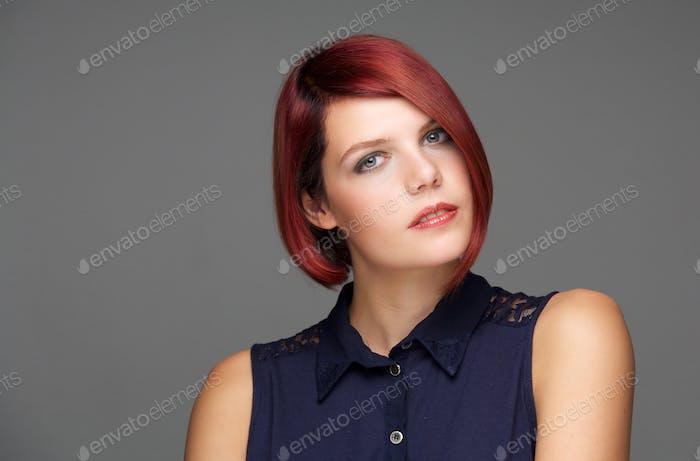Beauty Porträt eines weiblichen Modemodells