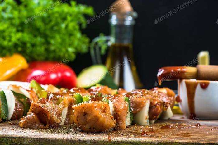 Mixed skewers with spieces and glaze