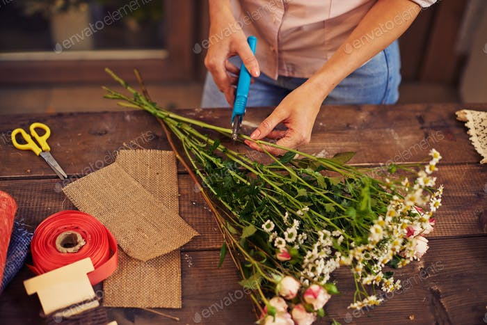 Cutting stems