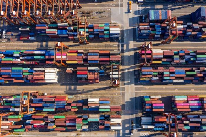 Kwai Tsing, Hongkong, 12. Februar 2019: Containerterminals in Hongkong