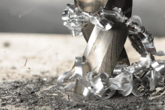Nahaufnahme Metall Bohrprozess